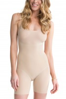 Spanx Trust Your Thinstincts Mid-Thigh Bodysuit