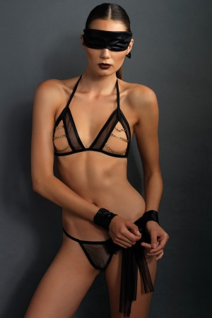 Leg Avenue Kink 4-Piece Bra with Chains and Panty Set