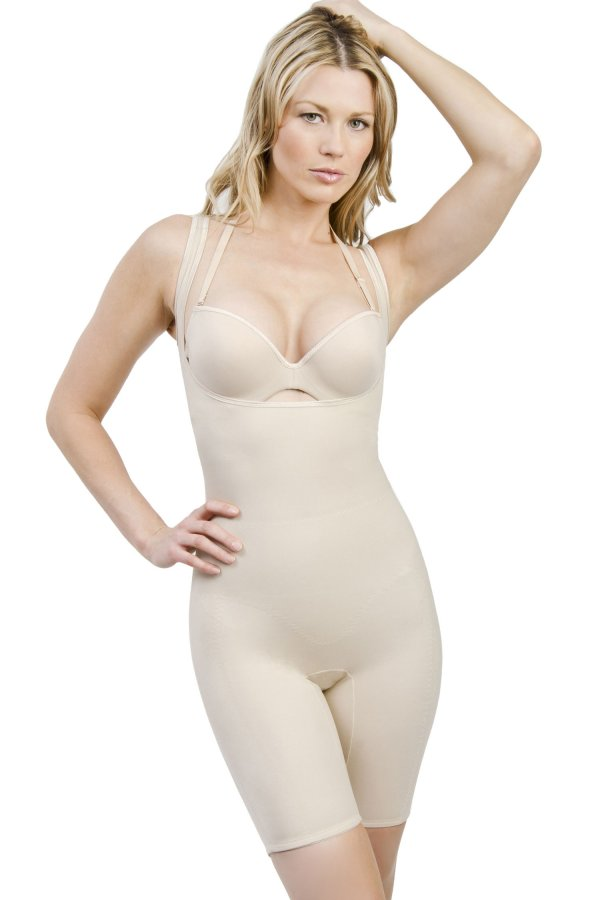 These popular body shapers are essential in every woman's closet. Whether you need firm control under a form-fitting dress or want to accentuate your figure in some new jeans, SPANX full bodysuits have you covered! (See what we did there?) Available in a variety of slimming levels, fabrics, colors, and designs, our body shapers for women will help tighten and smooth minus the pulling and squeezing.