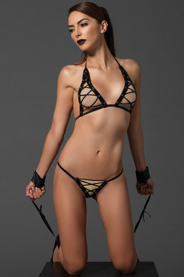 Leg Avenue Kink 3 Piece Bra Top And G String Ki4020 Sexy